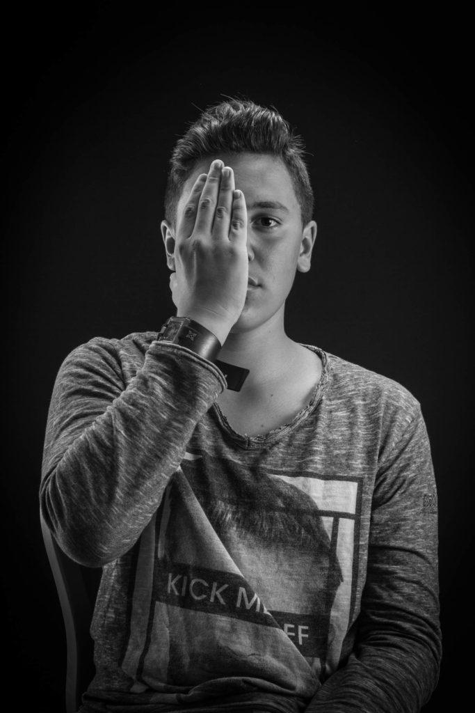 Portrait_TG-1